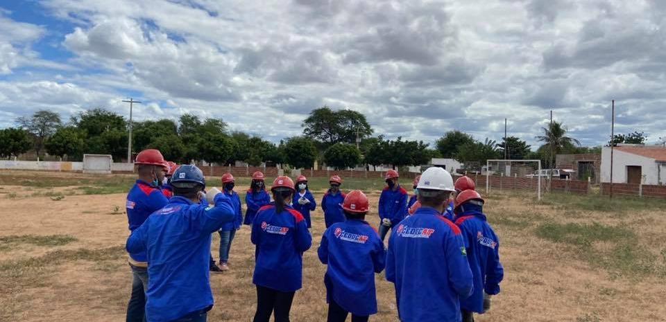 Cursos de capacitação para a mão de obra local do nosso município já iniciaram.